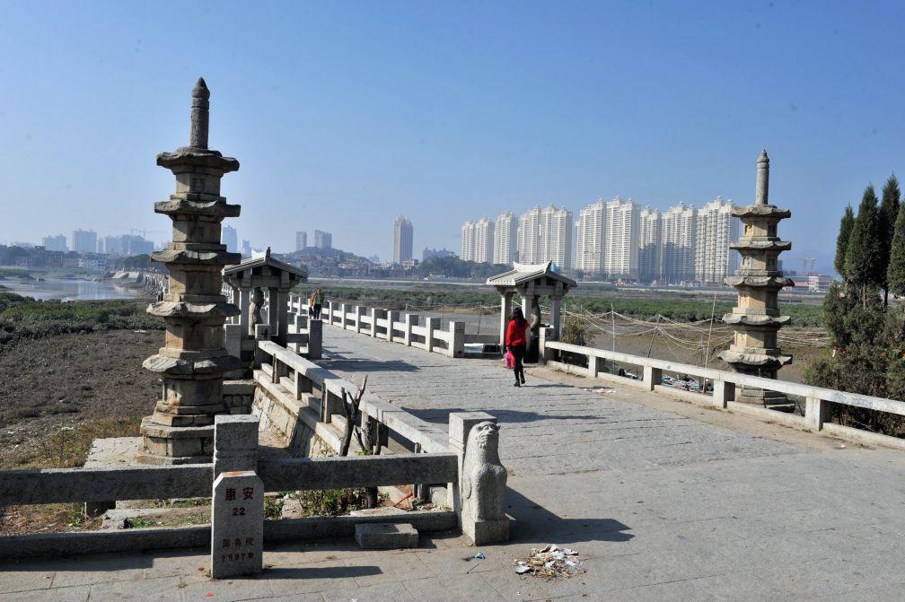 洛阳桥位于哪里(泉州洛阳桥为什么叫洛阳桥)
