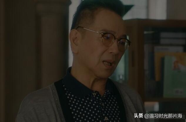 流金岁月:爸爸跳楼自杀,蒋南孙陪妈妈散心,小姨撮合她与王永正