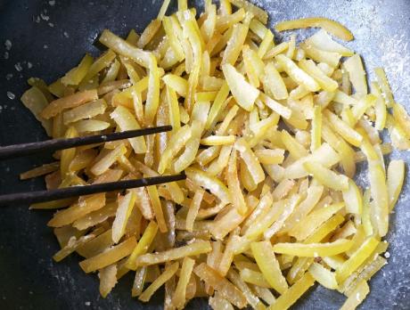 柚子皮做小零食 孩子常吃助消化不积食