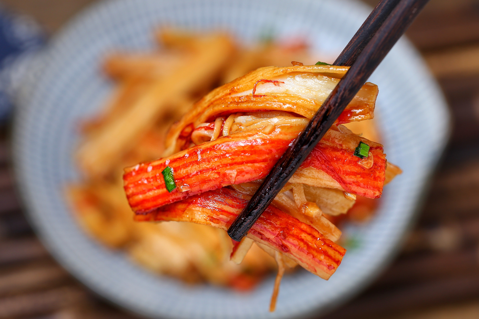 简单快手下饭菜,五分钟出锅毫无难度,口感鲜美嫩滑就是太费米饭 美食做法 第3张