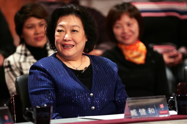 杭州二胎妈妈携3个儿子自S,只为成全老公,婚姻最可怕一幕出现了