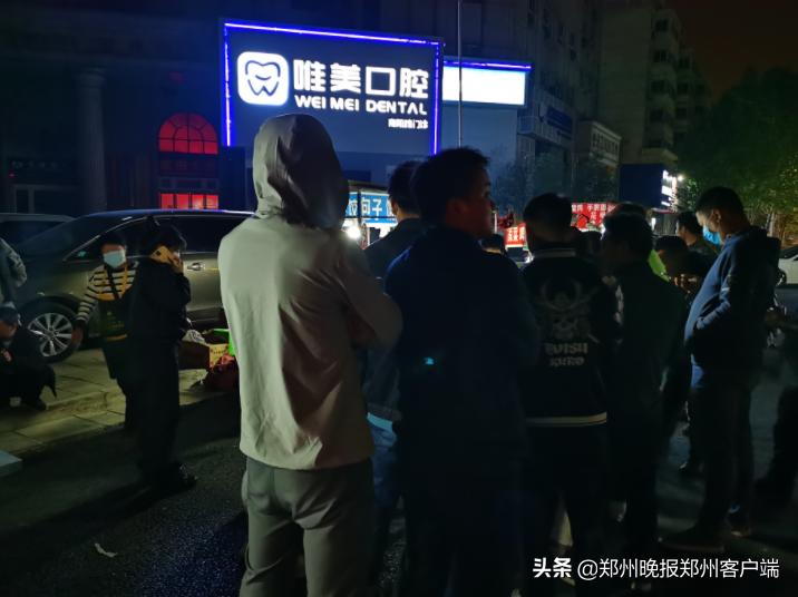 """""""煎饼奶奶""""励志,小伙子坐高铁来郑州,吃菜馍后说""""回去重新创业"""""""