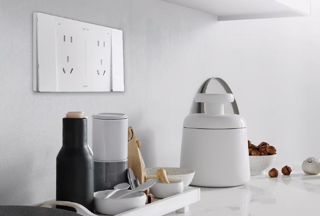 想要廚房更清爽干凈?也許你需要使用防油污的廚房安全插座