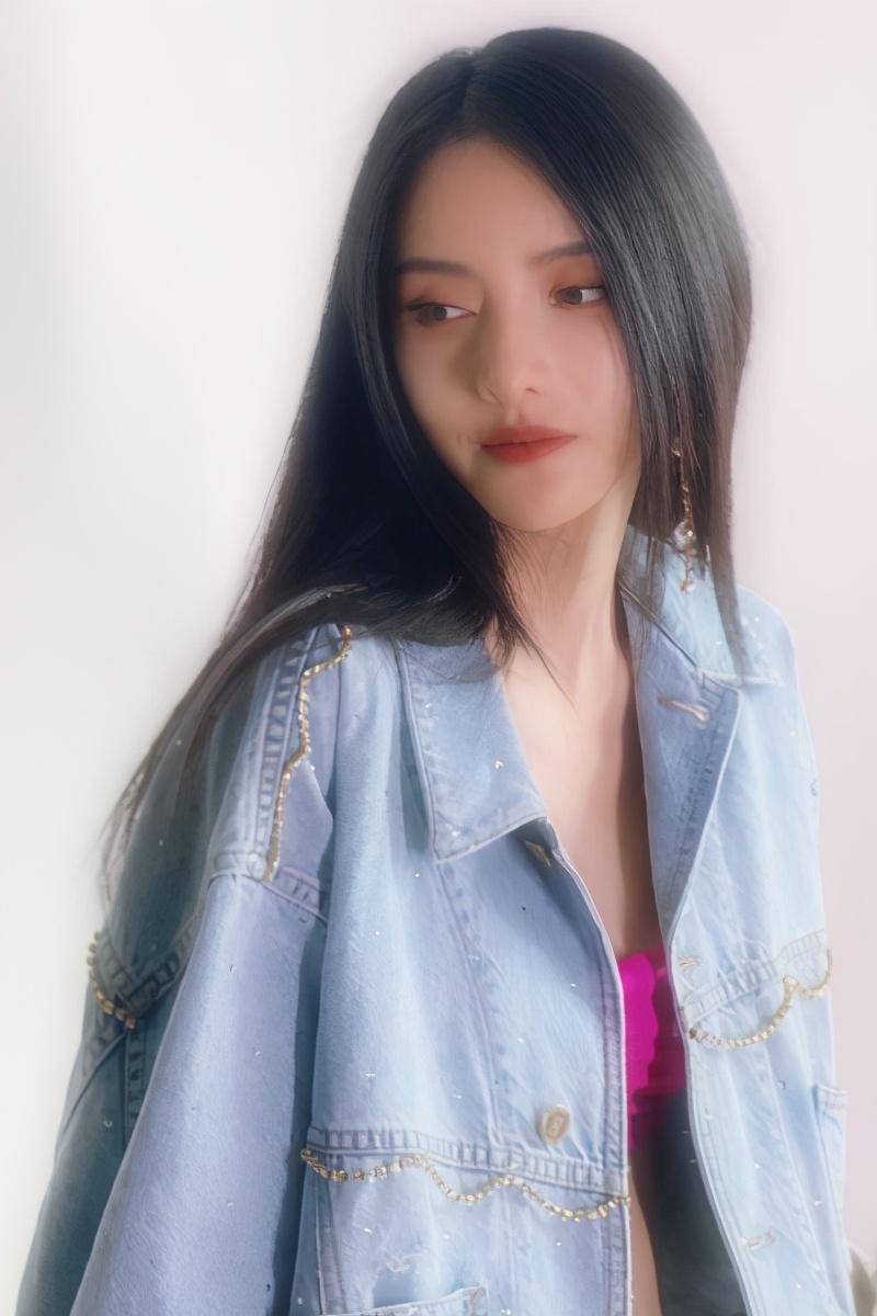 金瀚承认与张芷溪恋情,坦言没有偶像包袱,爷们表现引网友好评