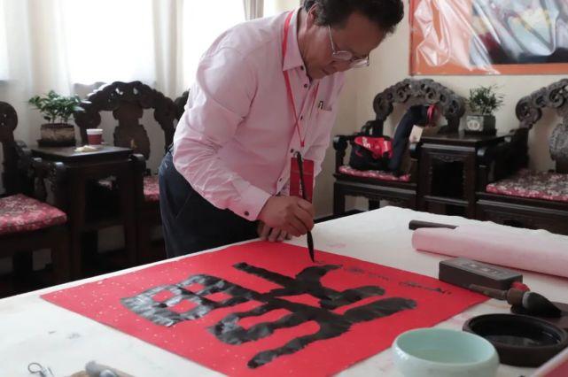 镜取'疫'瞬间 致敬英雄 建党百年献礼——文学艺术创作交流会