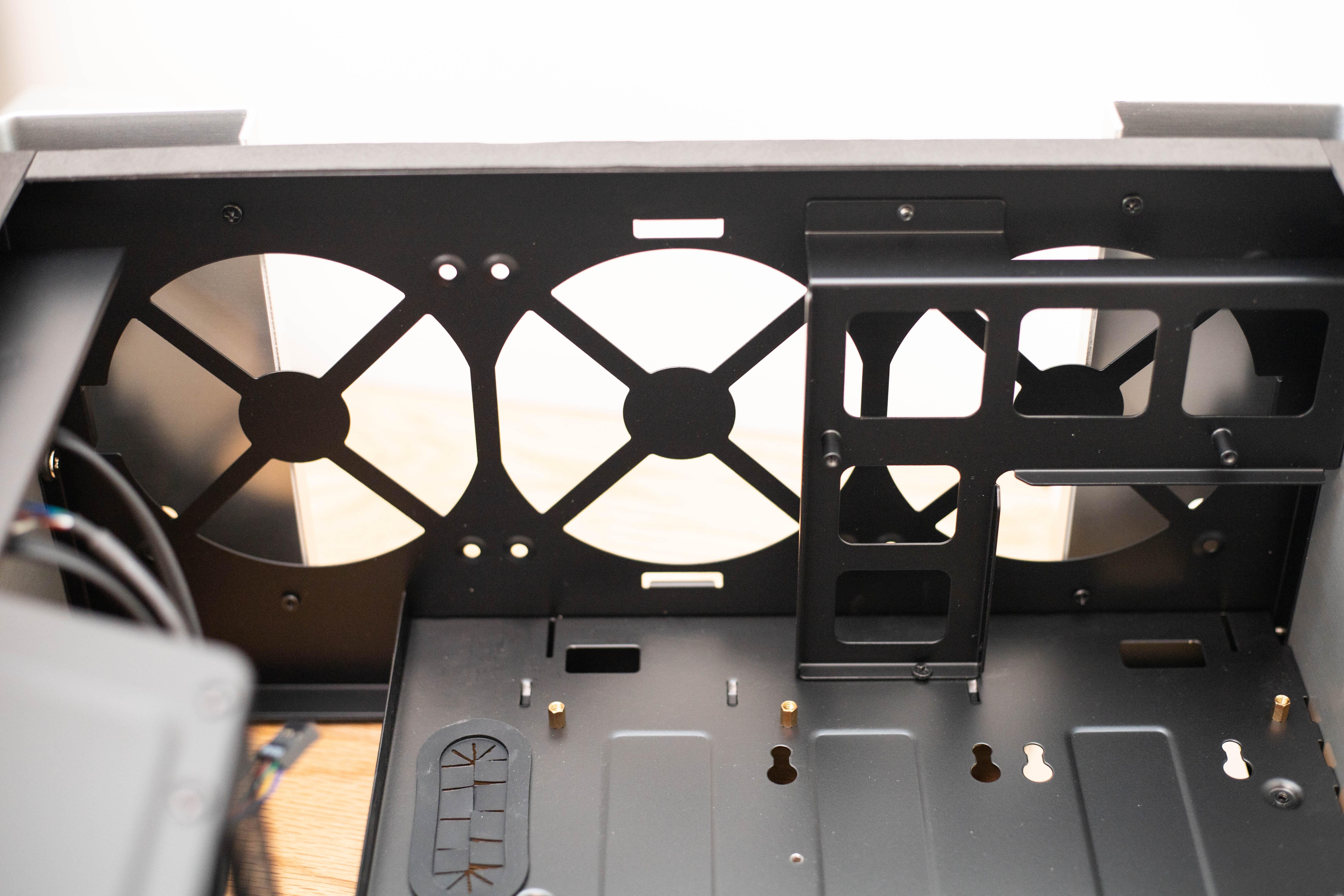 小机身大空间,竖装显卡,垂直风道,乔思伯U5S使用体验