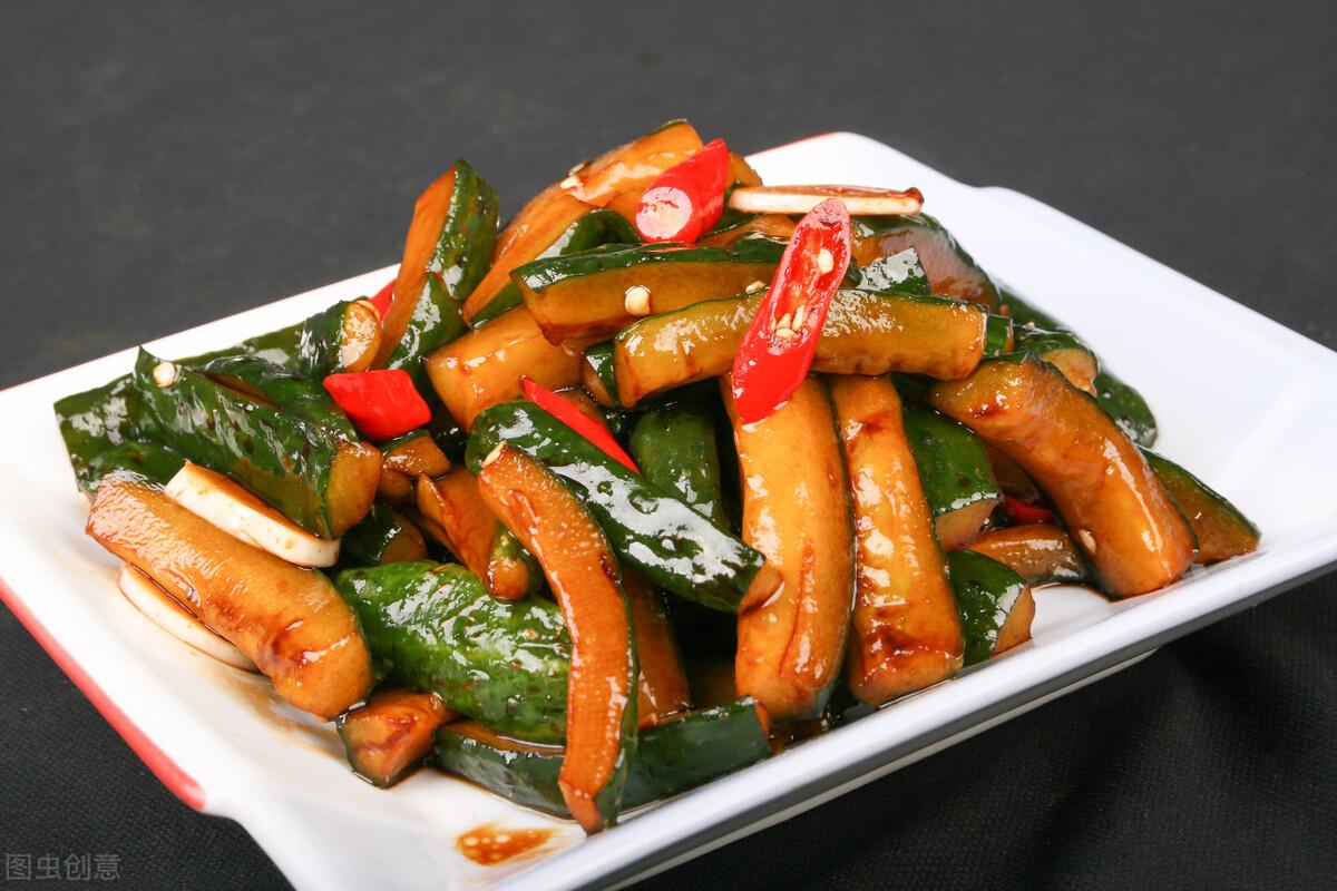 天热了,教你腌黄瓜的做法,一次腌20斤,咬一口嘎嘣脆,很入味 美食做法 第1张