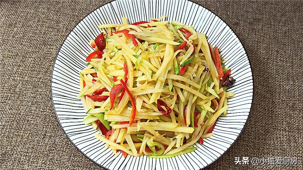 【土豆丝炒黄瓜】做法步骤图 特别适合夏天吃的热菜