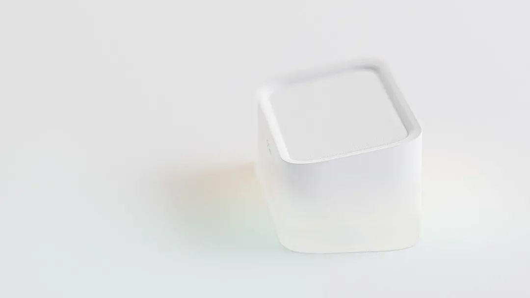 极致的干净,用白色在设计中玩出新花样