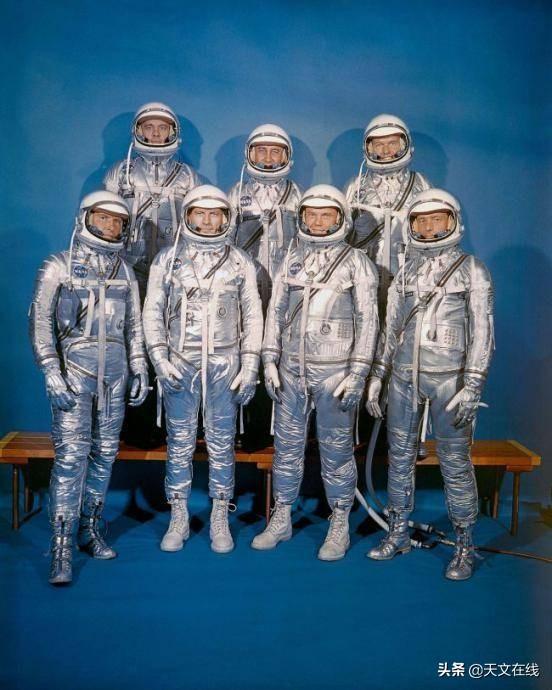 约翰·格伦是第一个环绕地球飞行的美国人