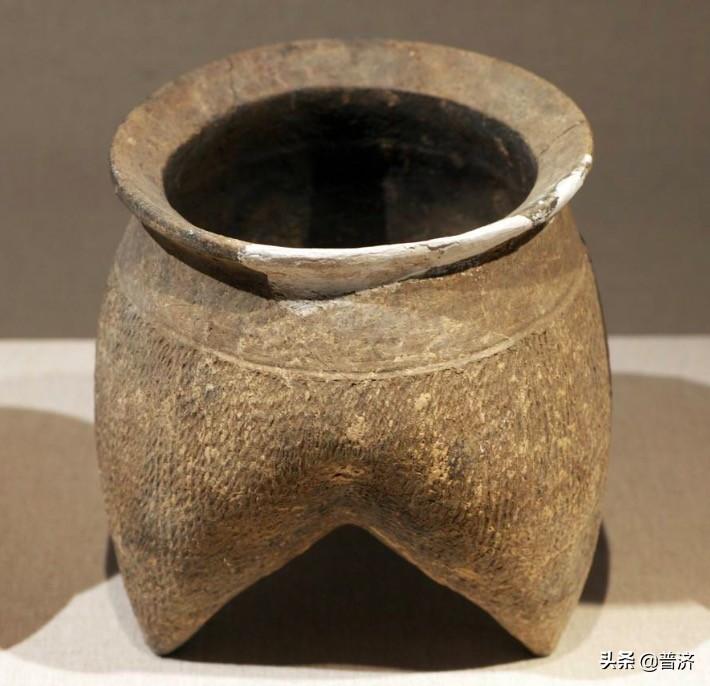 饭锅简史:宋朝之前没铁锅,人们用什么锅煮饭?