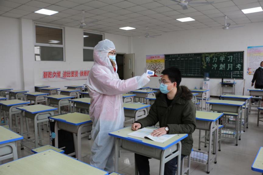 石家庄金石中学开展疫情防控应急演练活动