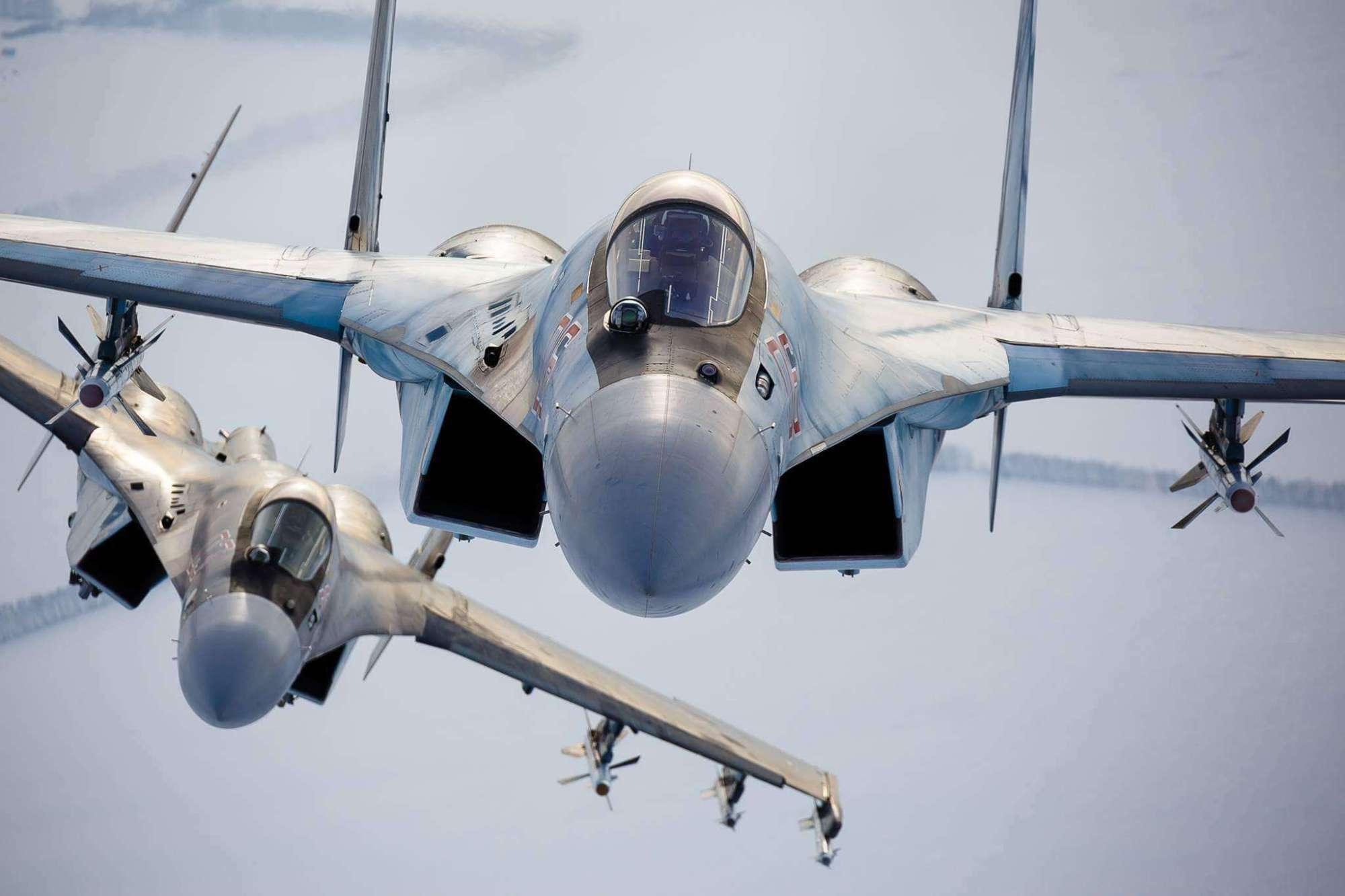 苏35不如F16,搭载先进雷达但航电系统是弱点,性能不容忽视