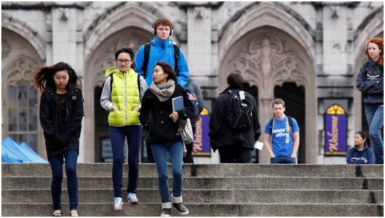 大部分中国留学生选择回国而不是留在加拿大,加媒怒了!凭什么?