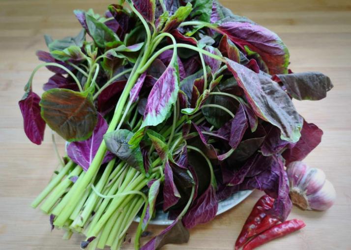 炒苋菜,不要直接下锅炒,多做一步,好吃又健康,分享做法 美食做法 第4张