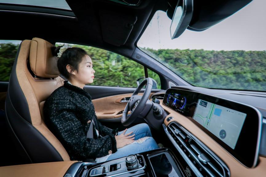 L3级自动驾驶初体验,试驾豪华智能超跑SUV埃安LX