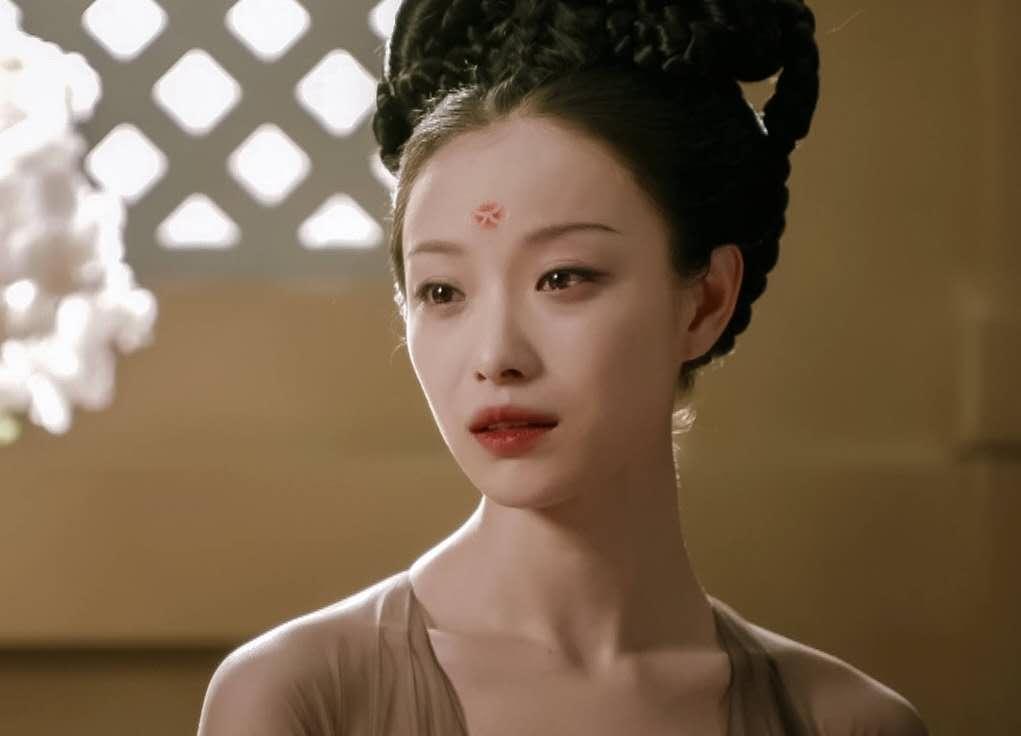 章子怡发文怒斥代拍,倪妮被撞后反被威胁,好脾气回应获称赞