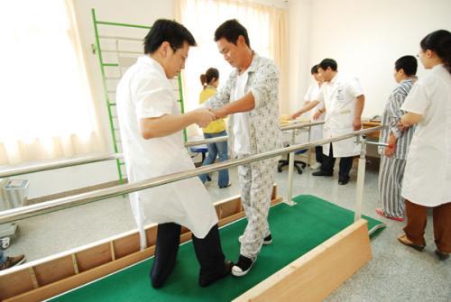 中医康复治疗偏瘫,这些误区往往影响偏瘫中风患者康复