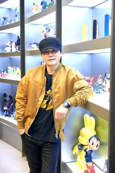 检方向YG前社长杨贤硕提起诉讼,刚solo回归的B.I金韩彬也将审判