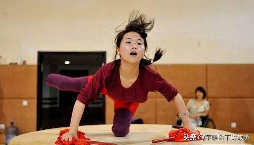 廖智:震后截肢成为舞后,励志形象12年,现却遭网友质疑人设