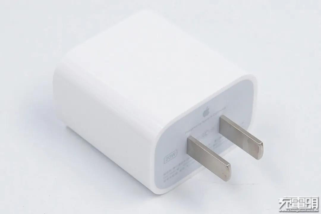 8000万新iPhone用户没有充电器,都在用什么?