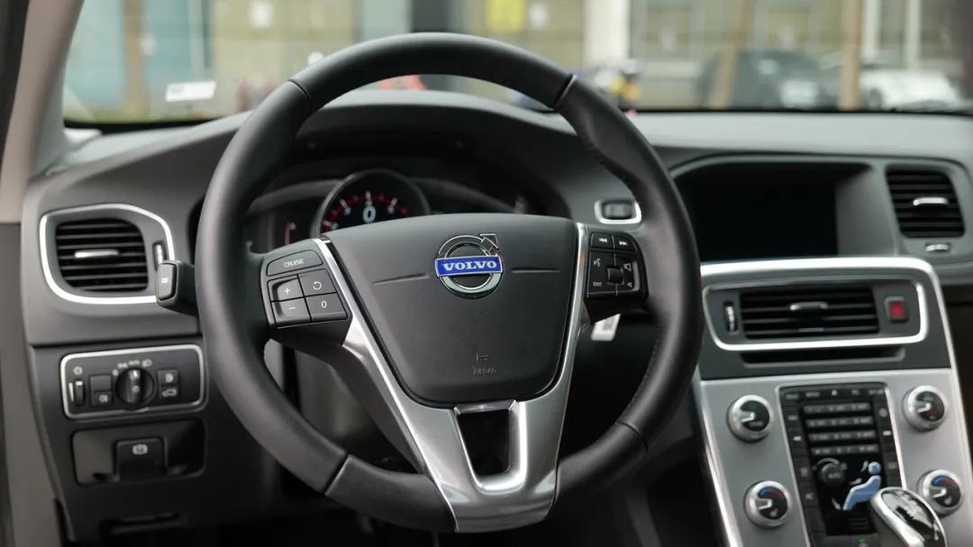 懂生活有品位,试驾北欧旅行车!——沃尔沃 V60