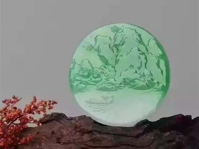 一块原石到翡翠成品的过程,雕刻师需要经过几个步骤呢?