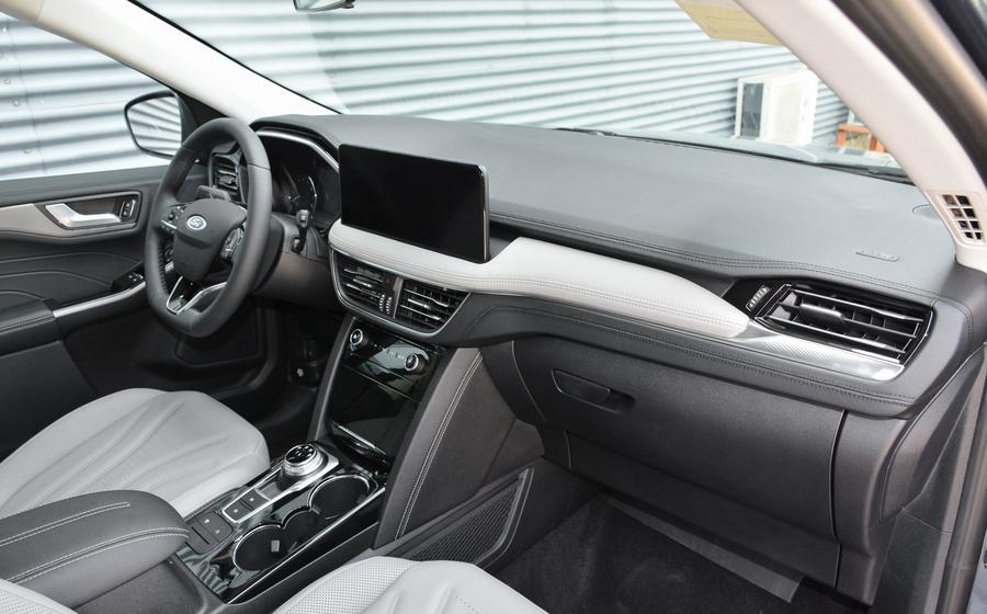 福特终于开窍了,这SUV起步就有248马力,只卖18万不到还看CR-V?