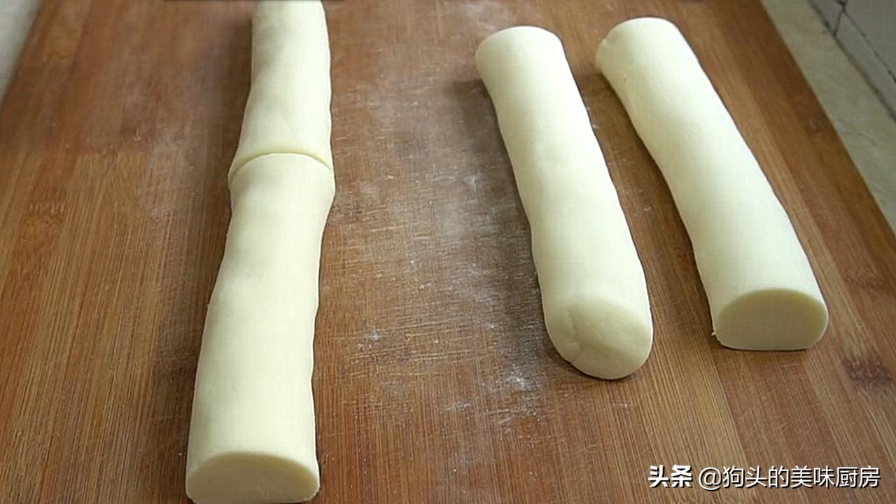 想吃薯片不要买了,用4个土豆做一锅,20秒出锅,放一个星期还脆 美食做法 第7张
