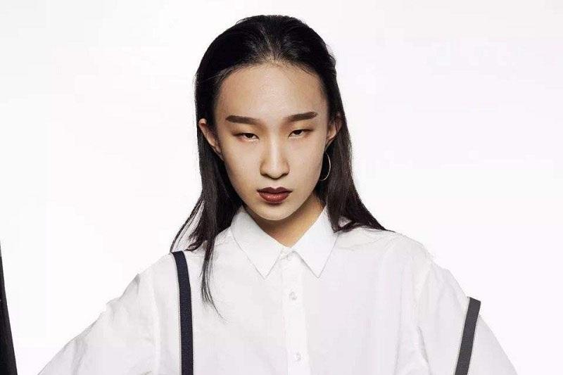 """贾晨宇很丑?与""""父亲""""林永健似一个模子刻出,网友:这是高级脸"""