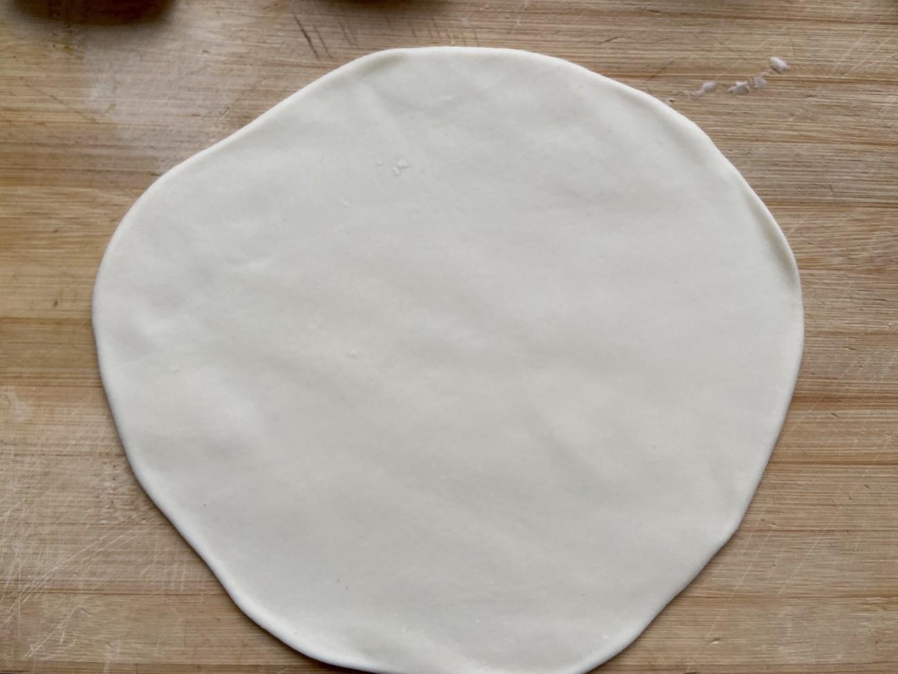 葱油饼怎么做才外酥里嫩?原来和面有技巧,做对了比手抓饼还好吃 亨饪技巧 第8张