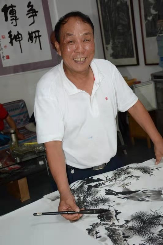 槐香斋书画院顾问李长砚老师