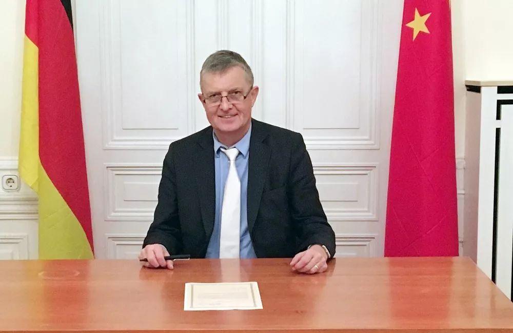 前德国政治家:中国真诚致力于建设宜居世界