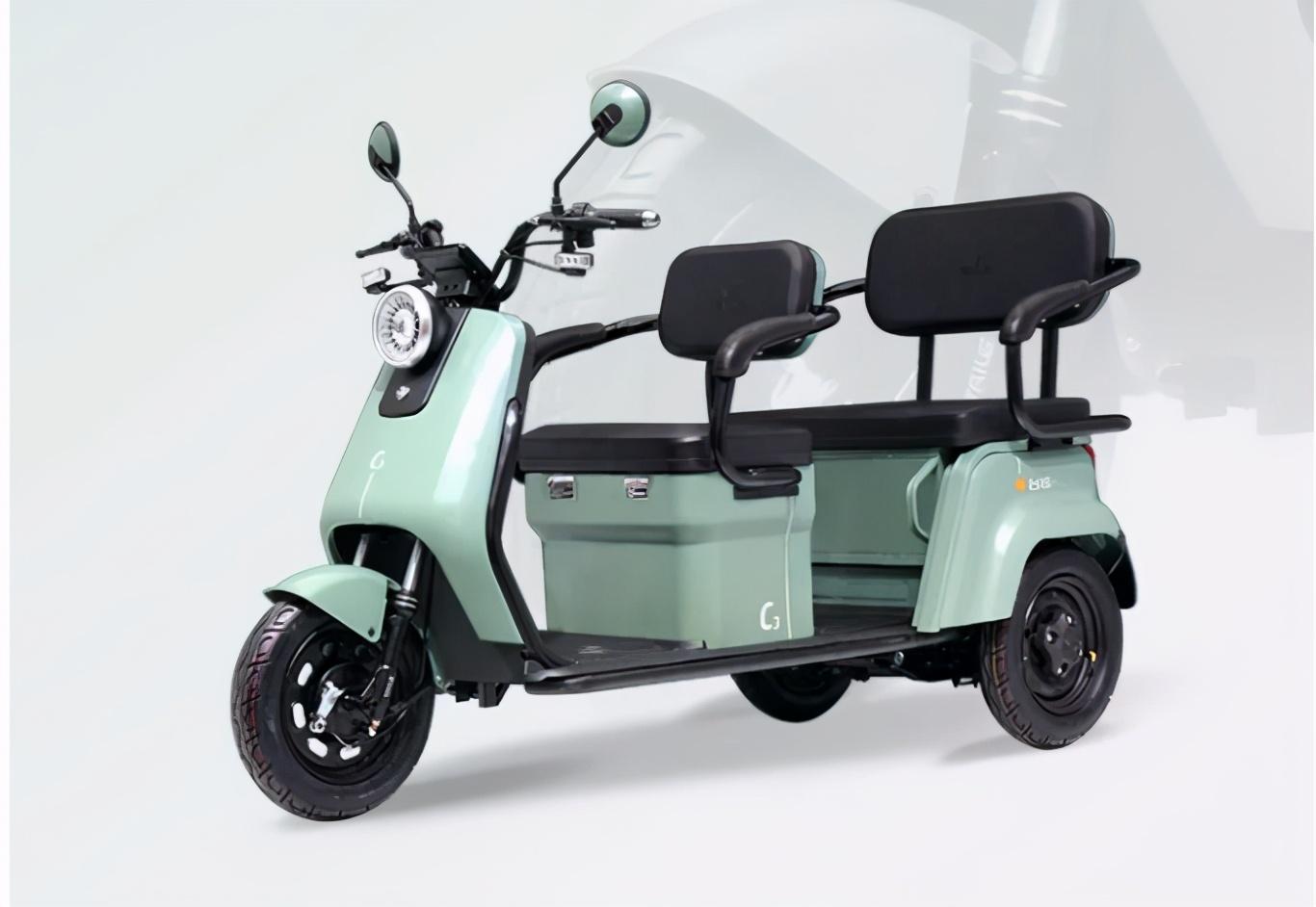 金彭、台铃推出的休闲三轮车,时尚大气,电池可用5年
