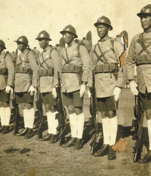 现在唯一保留的国军起义部队,先后与六国军队交锋,成为西南劲旅