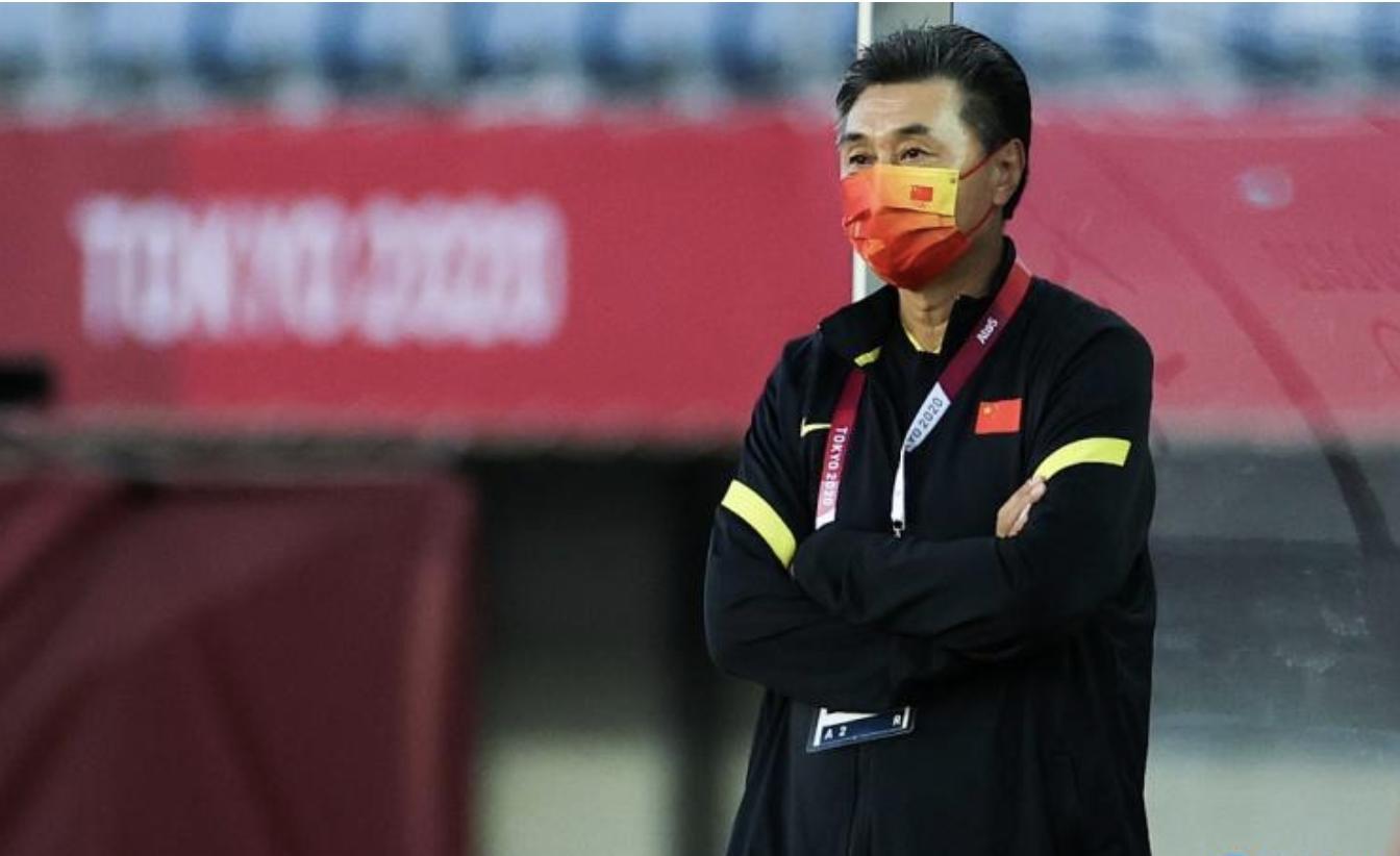 贾秀全被足协撤下女足主教练:无视球星,弃用唐佳丽,奥运练兵