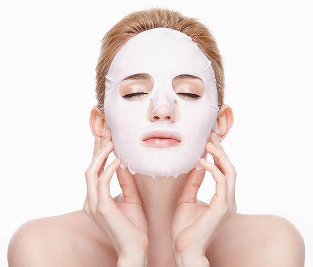 敷完面膜脸上黏黏的,需要洗脸吗?