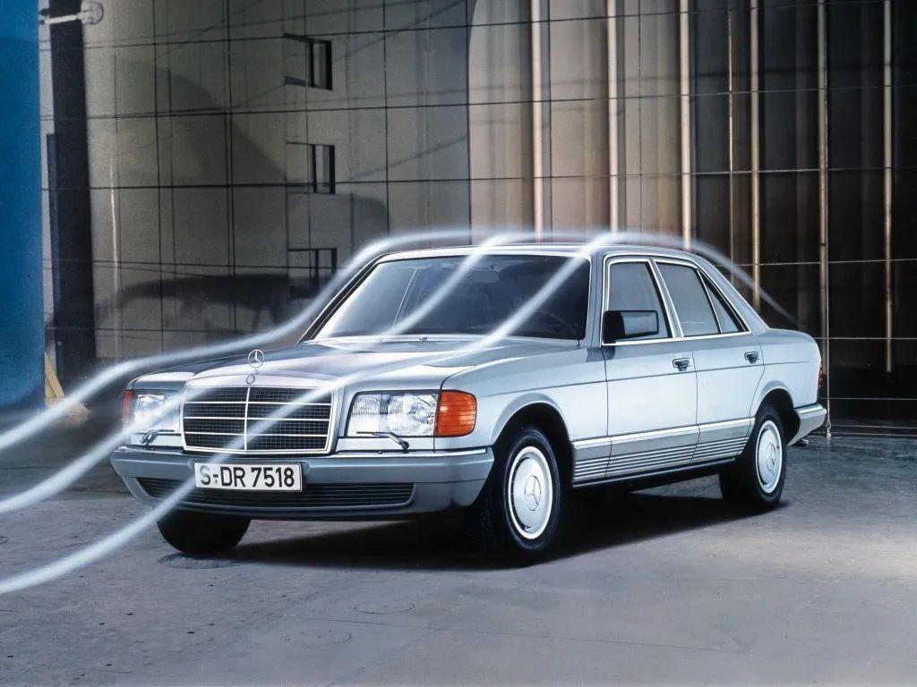 奔驰S级凭什么成为豪华车顶流?