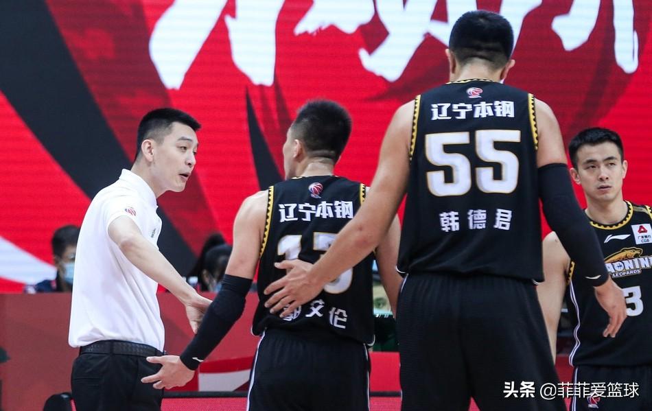 CBA一天3消息!周琦伤情出炉 王骁辉被罚 辽宁8连胜登顶