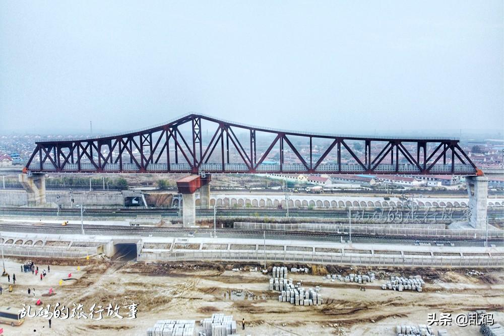 """山东""""黑科技""""大桥 桥身锈迹斑斑却耐腐蚀免维护 工艺世界领先"""