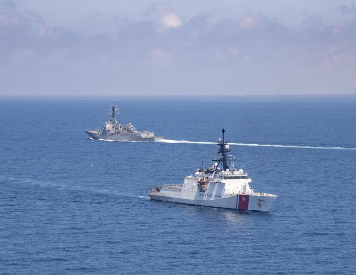 解放军舰队远航,055型驱逐舰穿越阿留申群岛,寇亦往,我亦可往