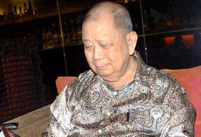 他虽败犹荣,堪称马来华人的革命之火,坚持武装斗争41年
