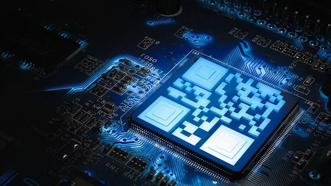 """芯片产能危机过后 特斯拉式""""自研域控制器""""是否会成为新选择?"""