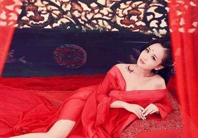 冯小怜到底有多漂亮 皇帝上朝也要把她揽在怀中