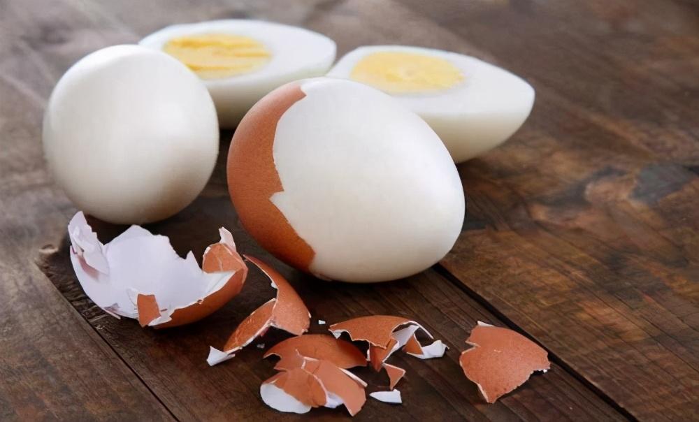 白水煮鸡蛋,最忌直接下锅,80岁奶奶教我这3招,鸡蛋久煮都不烂 美食做法 第1张