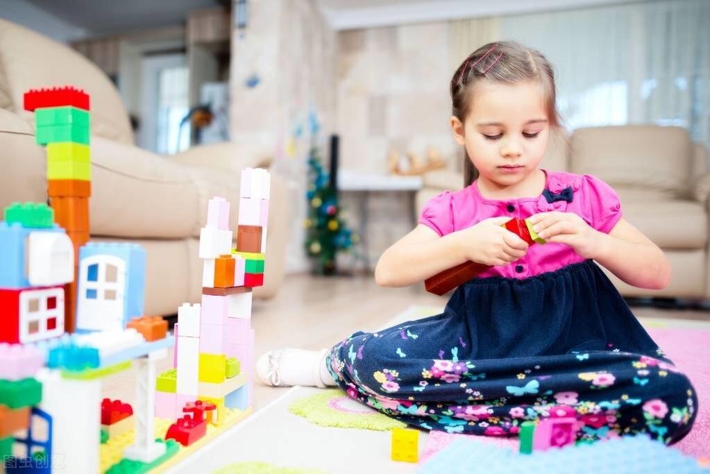 平行状态也是一种交集!孩子自我价值的定位,独处无疑是最好的时机