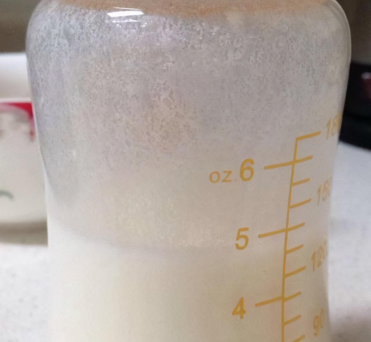 """奶粉为什么会出现""""挂壁""""现象,奶粉挂壁有哪些原因,如何解决?"""