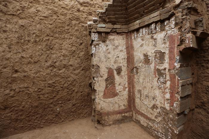 陕西发现大量罕见唐代壁画