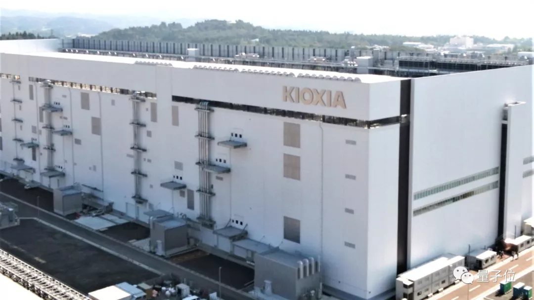 硬盘老大哥被曝豪掷200亿美元,要收了全球第二大闪存芯片厂