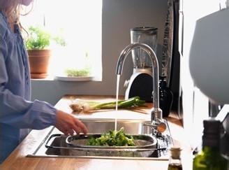 家中水费太高了,学会这几个小妙招,节水又省钱 节约省钱妙招 第1张